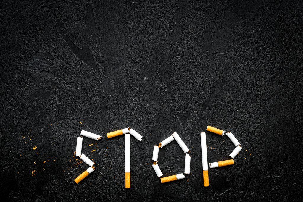 Partner nefajčí? Tiež prestaňte!